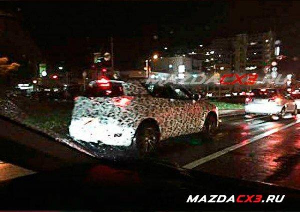 Самый маленький кроссовер Mazda впервые замечен на ...