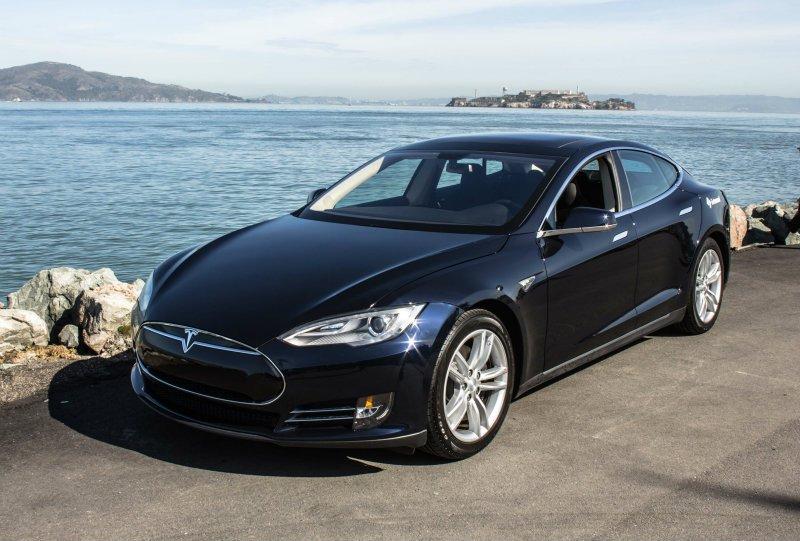 Илон Маск: Беспилотная Tesla пересечёт всю Америку : Fair.ru