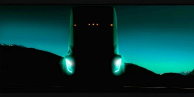 Компания Tesla выпустит электрическую фуру «с управляемостью спорткара»