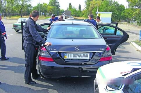 За рулем украденных авто часто