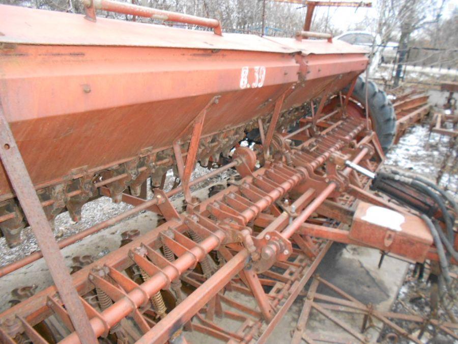 Продажа Трактор Сеялка