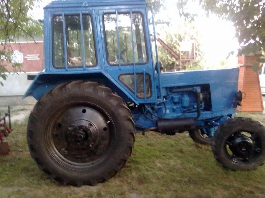 Трактор мтз 82.1 (Беларус), 2000 года в городе Липецке.